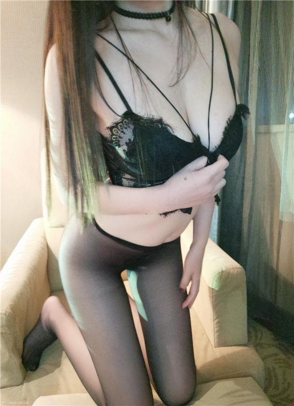 我是你可爱的小猫 - 黑丝的诱惑