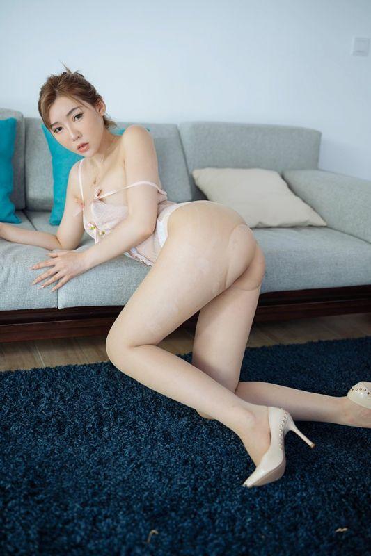 极品女神居家性感身姿高跟鞋丝袜诱惑无限