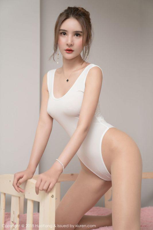 尹菲~情趣镂空内衣写真