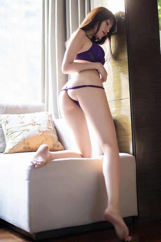 白领小妹芝芝黑丝诱惑蜜臀蛮腰迷人图片