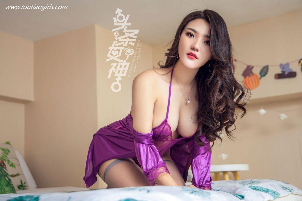 成熟知性美女唐嫣儿丝袜睡衣体态妖娆似欲求不满
