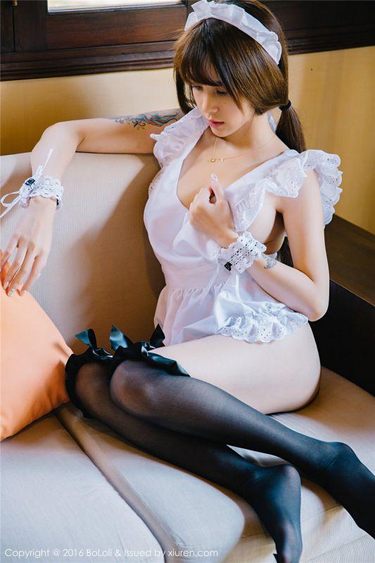 性感美女黑丝女仆制服写真图片