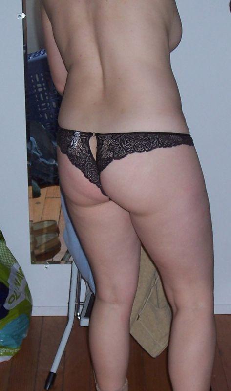 穿着丝袜胖胖的黑发女友厚的阴唇