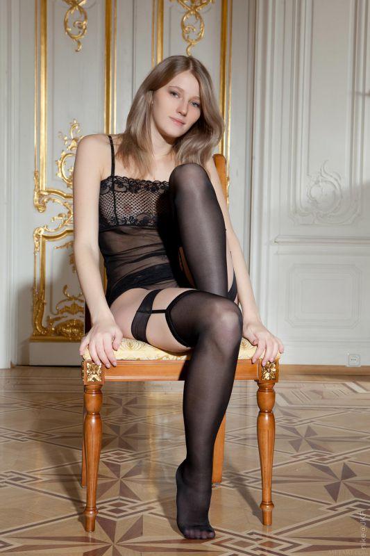 性感的大腿丝袜很新颖