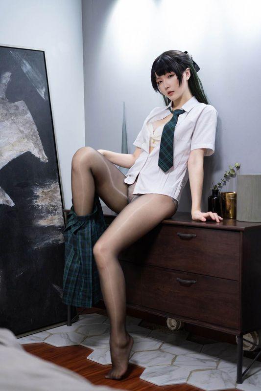 JK黑丝小姐姐