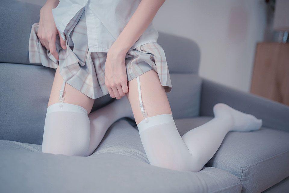 白丝美腿的诱惑