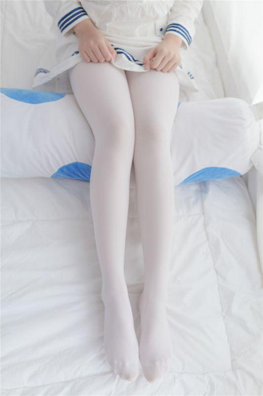 可爱的白丝大腿