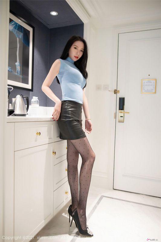 性感黑丝皮裙