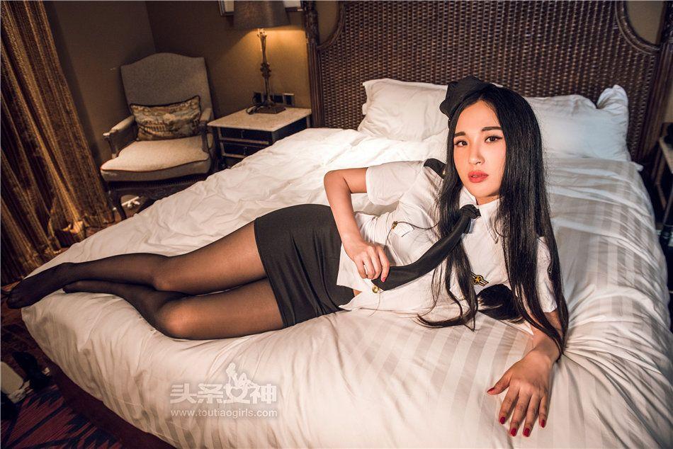 风骚黑丝空姐涟漪sara酒店制服诱惑图片