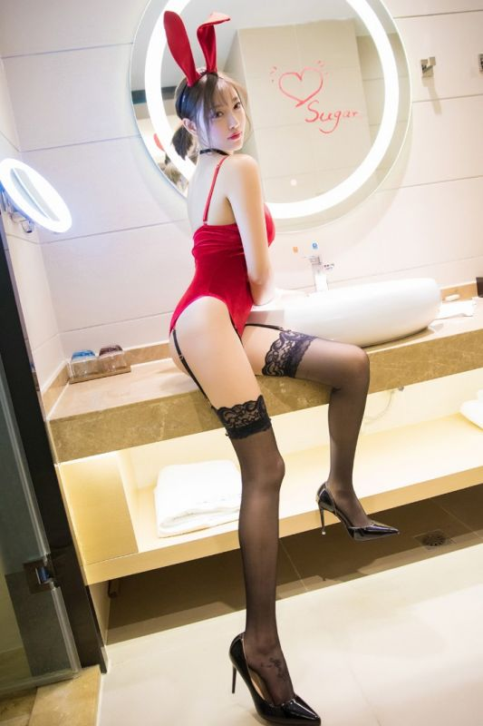 诱惑女神杨晨晨超性感兔女郎黑丝长腿完美身材